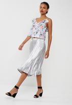 dailyfriday - Shoulder detail blouse