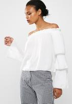 Missguided - White tiered sleeve bardot blouse