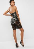 Missguided - Lace bustcup bandeau midi dress