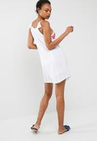 Cotton On - Woven peyton high neck dress
