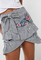 dailyfriday - Flower embroidered stripe frill skirt