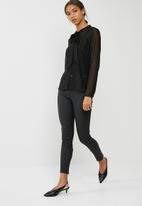 ONLY - Lieke bow blouse