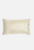 Sixth Floor - Petra cushion cover - cream & gold
