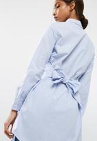 Vero Moda - Silke striped long shirt