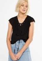 Cotton On - Lana lace up ruffle top