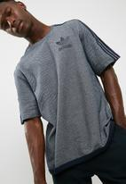 adidas Originals - AC boxy terry tee