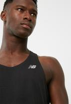 New Balance  - Accelerate training vest
