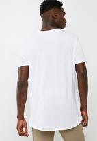 basicthread - Deep Scoop Neck Tee