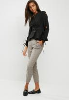 dailyfriday - Poplin blouse with ring detail