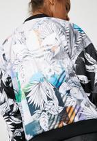 adidas Originals - Oversized track top
