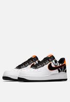 Nike - Air Force 1 '07