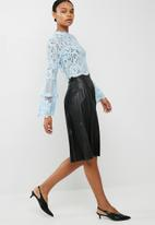 Missguided - Lace and mesh long sleeve top - blue