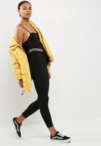 Missguided - Metallic trim legging