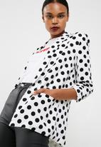 Missguided - Polka dot gathered sleeve blazer