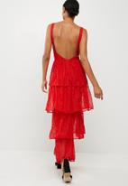 Missguided - Lace tiered frill maxi dress
