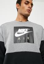 Nike - Colour block crew sweat