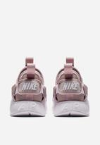 Nike - Air Huarache City Low