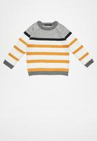 basicthread - Striped elbow patch jersey