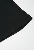 basicthread - 2-Pack longline curved hem tee