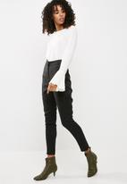 Missguided - Crepe tailored cigarette pants
