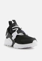 Nike - Nike Air Huarache City Low '07