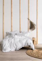 Linen House - Queenscliff duvet cover set