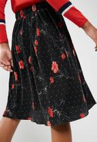 Vero Moda - Fleur pleated skirt