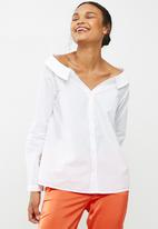Vero Moda - Tanna off shoulder shirt