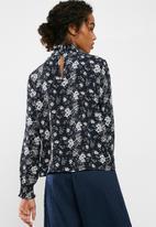 Jacqueline de Yong - Fantastic smock blouse