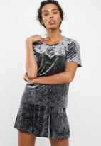 Jacqueline de Yong - Mona top