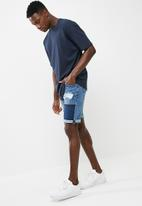Cotton On - Roller shorts