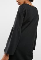 Jacqueline de Yong - Prove sweat dress