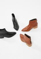 Vero Moda - Elisabeth leather boot