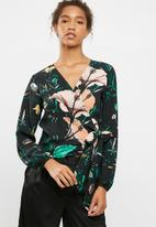 ONLY - Patricia wrap top