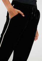 ONLY - Veronica velvet trackpants