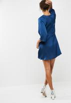 dailyfriday - Knot detail dress