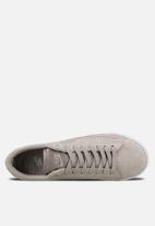 Nike - Blazer Low LX