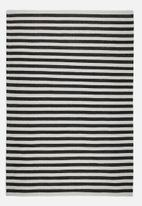 Sixth Floor - Makah woven rug - black/cream