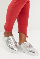 dailyfriday - Robyn slip on sneaker - silver