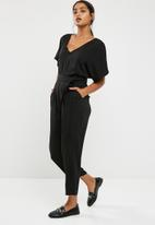 0a792ae4d56 Tailored kimono sleeve jumpsuit - Black dailyfriday Jumpsuits ...