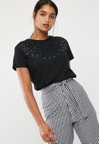 dailyfriday - Pearl embellished tee