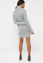 Jacqueline de Yong - Justy cowlneck dress