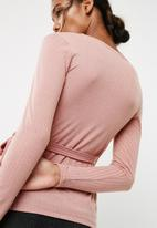 dailyfriday - Long sleeve wrap front tee