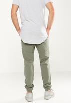 Cotton On - Drake cuffed ripped pant