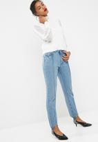 Vero Moda - Steff straight stirrup jeans