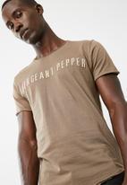 Sergeant Pepper - Applique tee