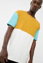 basicthread - Oversized colourblock tee