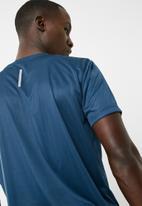 basicthread - Crew neck gym tee