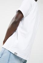 The North Face - Fine short sleeve tee - white/black