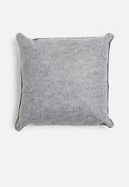 Sixth Floor - Felt pop cushion - grey